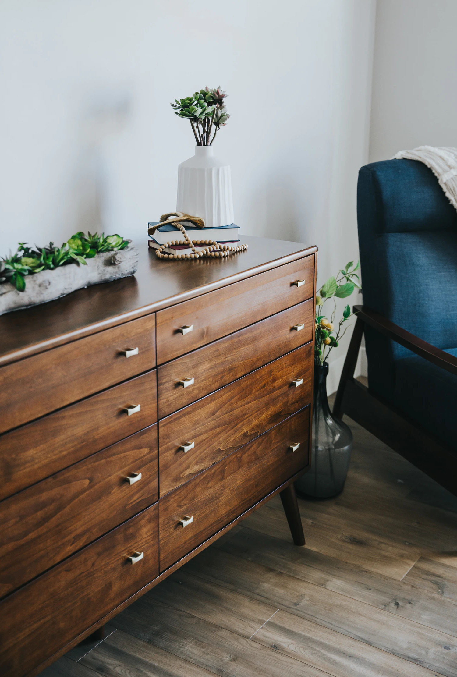 FloorFound | News - Yahoo Finance - Startup FloorFound recycles furniture to help solve U.S. climate crisis